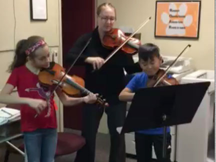 Students at NS give impromptu concert